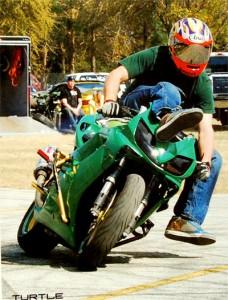 turtle-adrenaline-crew-stunt-rider