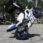 motorcycle-circle-stunts