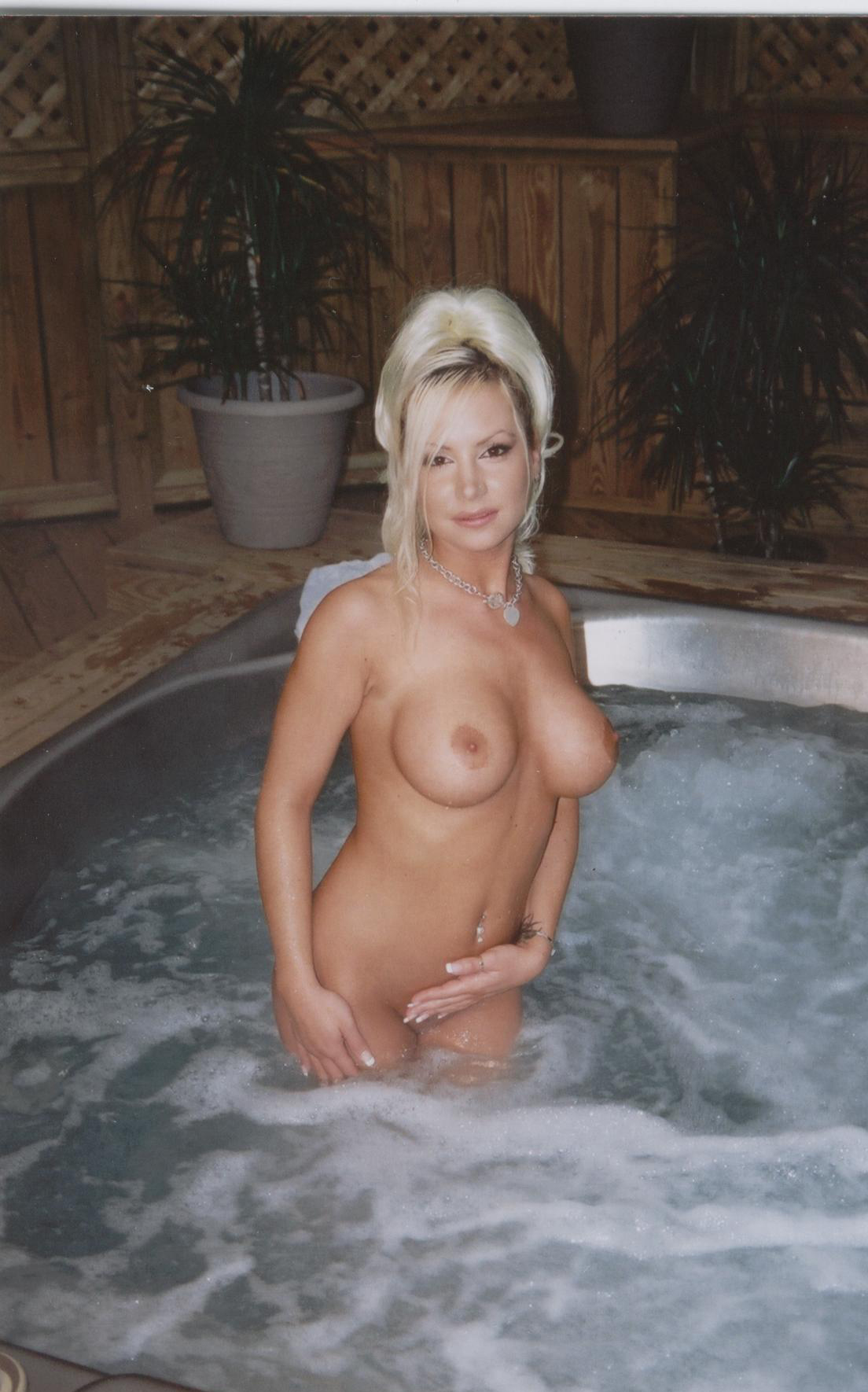 ashley from rock of love buns nude